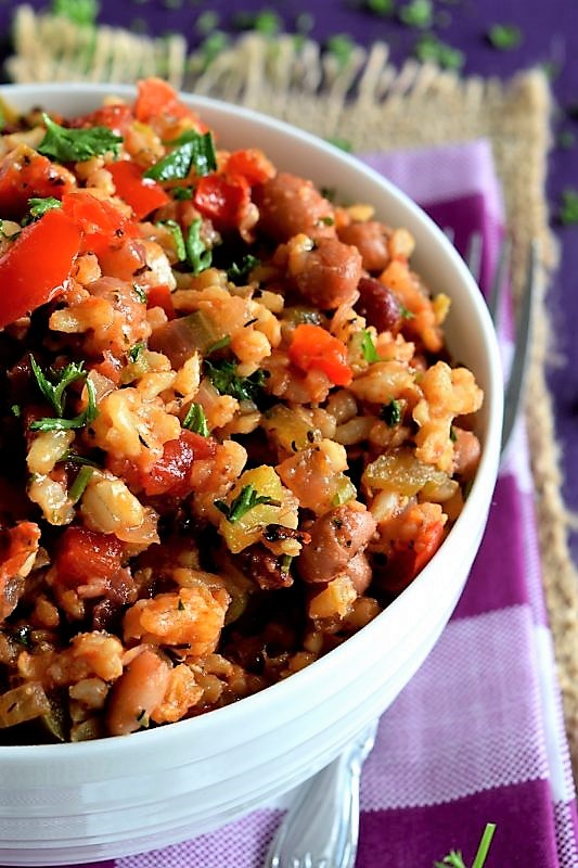This vegetable-heavy jambalaya is faster and tastier recipe u have ever tried. It's spicy, hearty, and incredibly flavorful. As with most things, the better ingredients, the better the end result will taste.